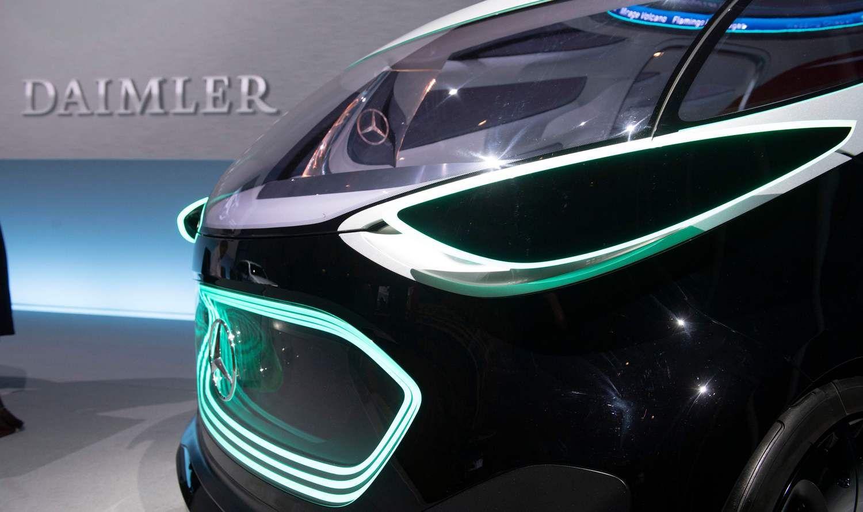 Automobilių sektoriaus akcijos važiuoja žemyn