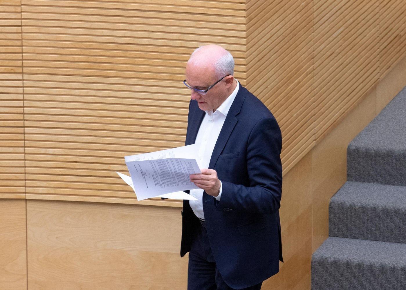 LB priešinasi idėjai daugiau skolinti fiksuotomis palūkanomis