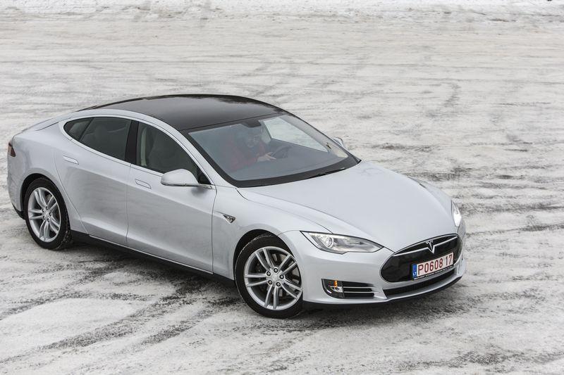 """Tesla Model S"". Vladimiro Ivanovo (VŽ) nuotr."