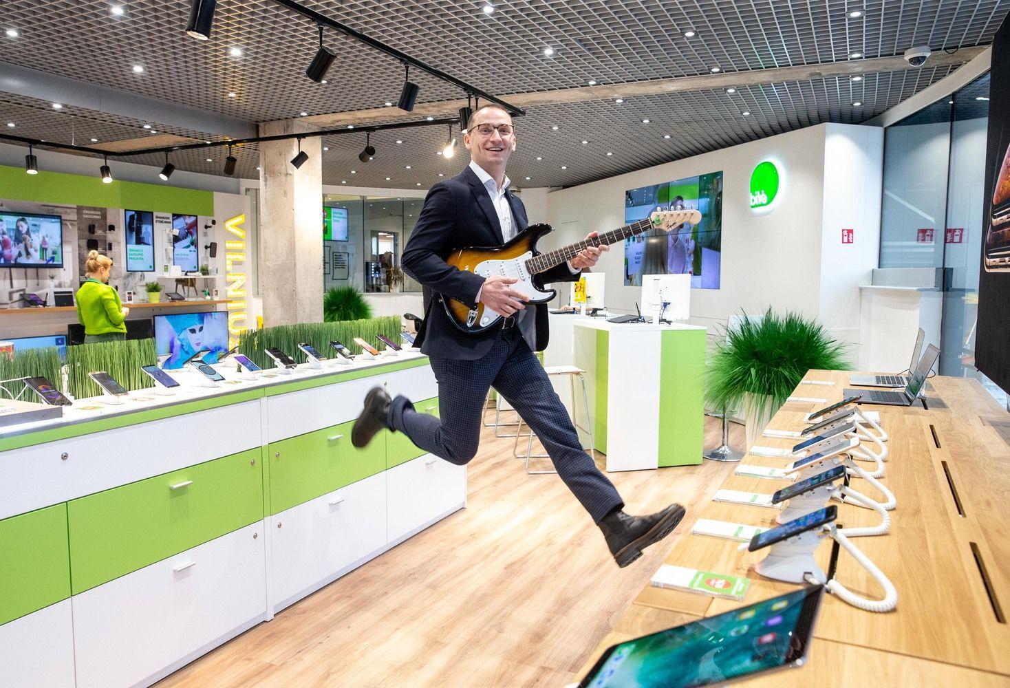 """Pardavimų valanda """"Bitė Lietuvoje"""": be iš viršaus nuleistų tikslų, bet su galimybe uždirbti daugiau nei vadovas"""