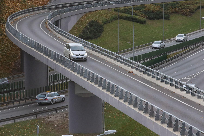 Savivaldybės turės daugiau erdvės spręsti, kuriuos kelius reikia tvarkyti