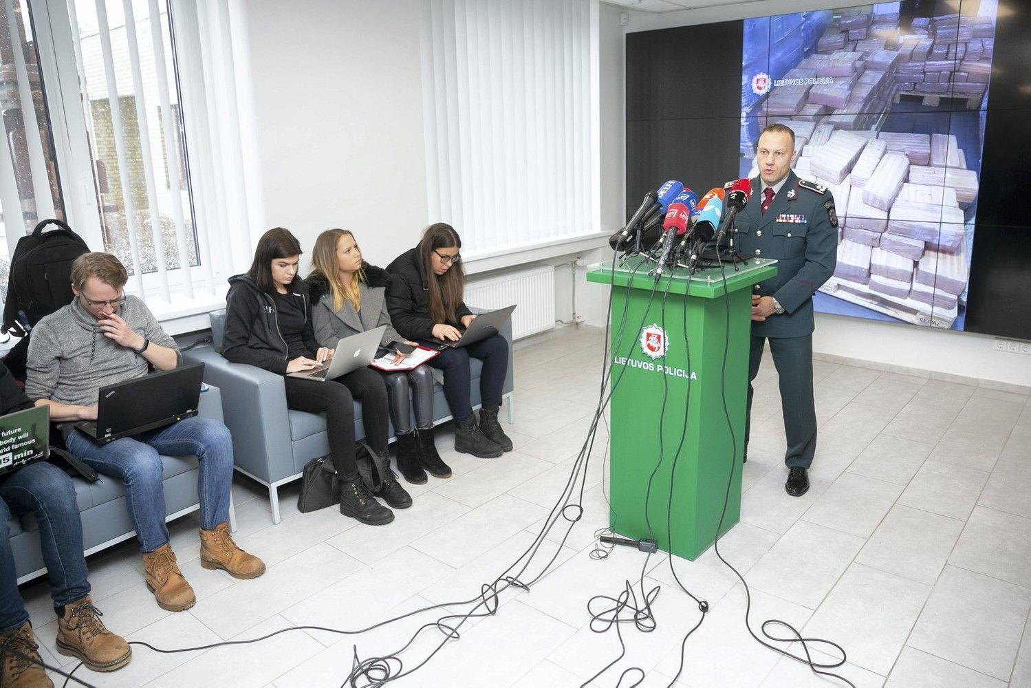 Dėl rekordinio kiekio narkotikų už grotų atsidūrė logistikos įmonės vadovas