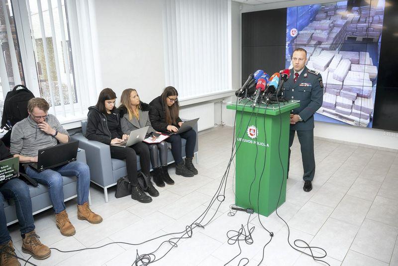 Linas Pernavas. Policijos spaudos konferencija dėl sulaikytos rekordinės hašišo kontrabandos.  2019 m. Vasario 13 d. Žygimanto Gedvilos (VŽ)  nuotr.