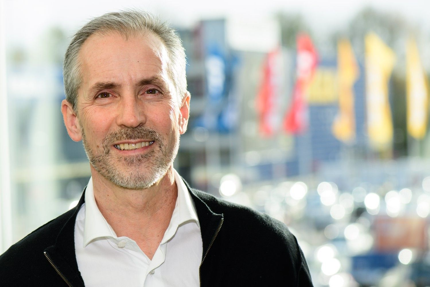 IKEA savo e. platformoje prekiaus ir konkurentų gaminiais