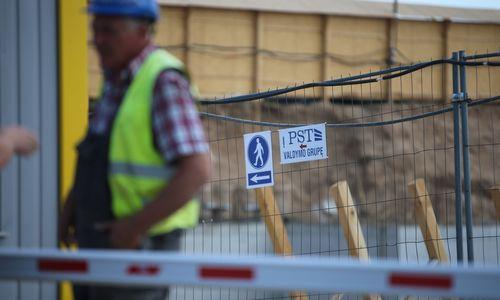 """""""Dzūkijos mediena"""" naujos savo buveinės statybas žada baigti rudenį"""