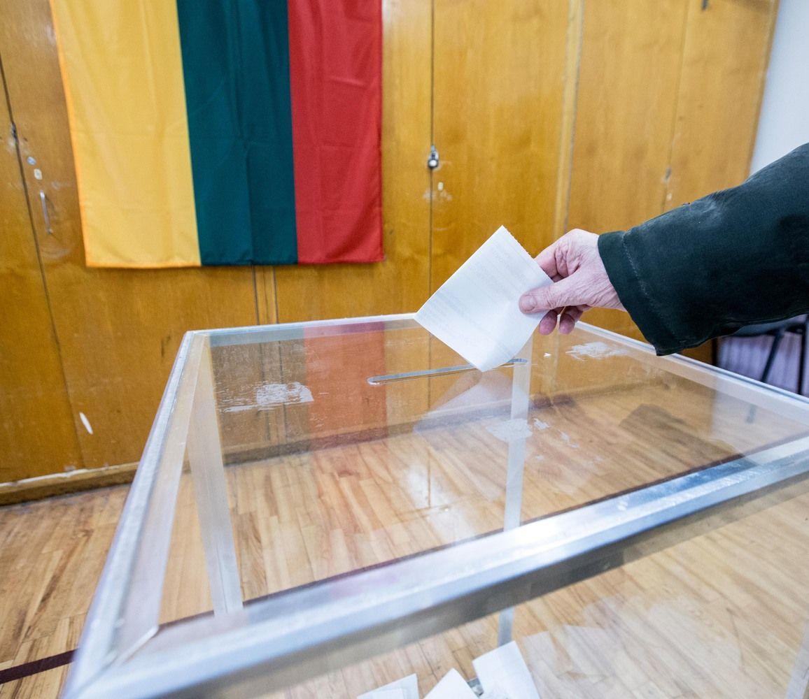 VŽ paaiškina: ar galima balsuojant rinkimuose nedalyvauti referendume