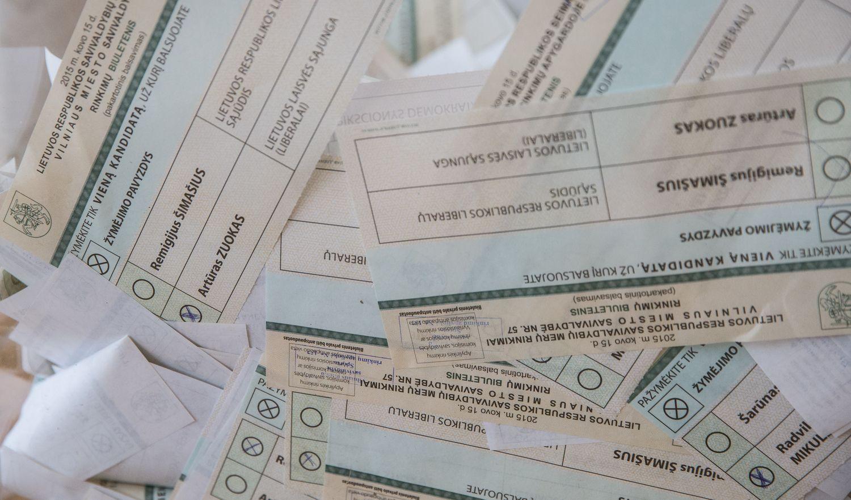 Balsavimo naujovės: matinės balsadėžės ir jokių užuolaidėlių