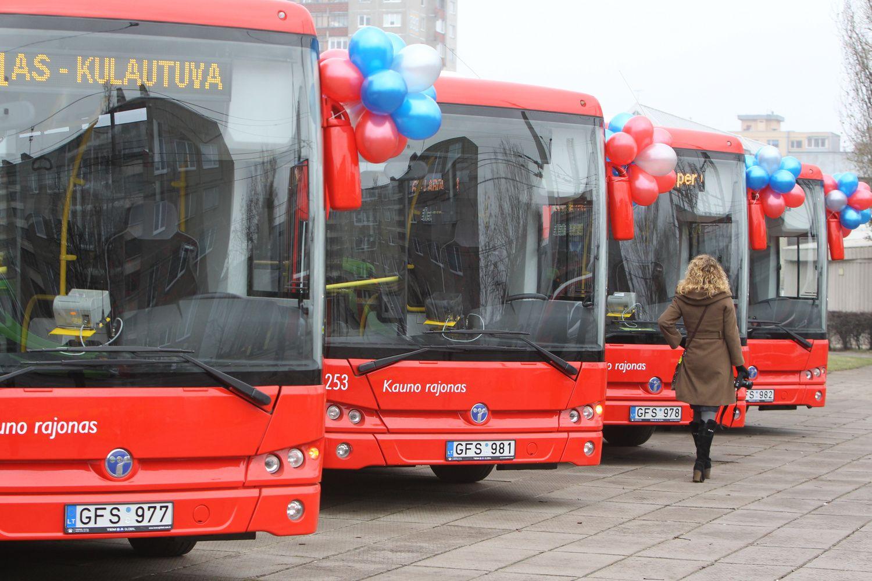 """""""Kauno autobusų"""" vadovas raginamas trauktis: autobusus pirko iš sūnaus vadovaujamos įmonės"""