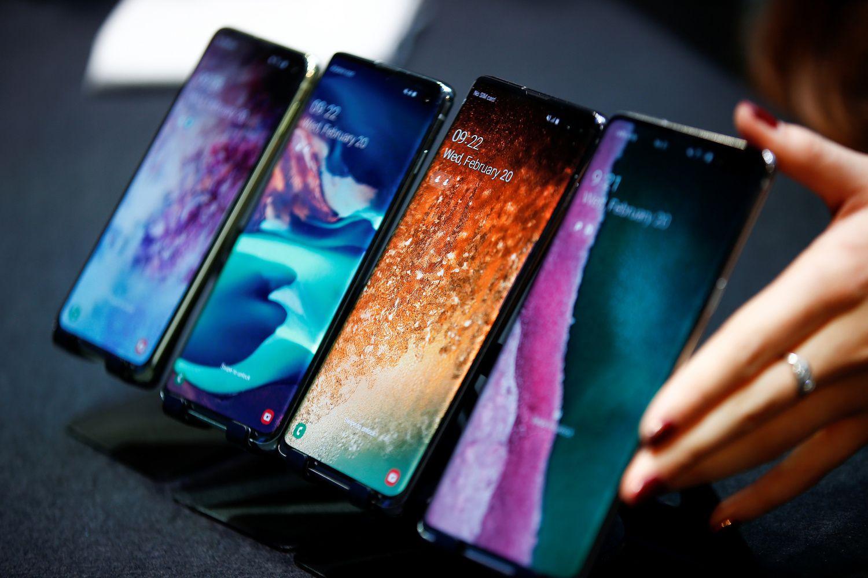 """Samsung"" pristatė flagmanus ""Galaxy S10"""