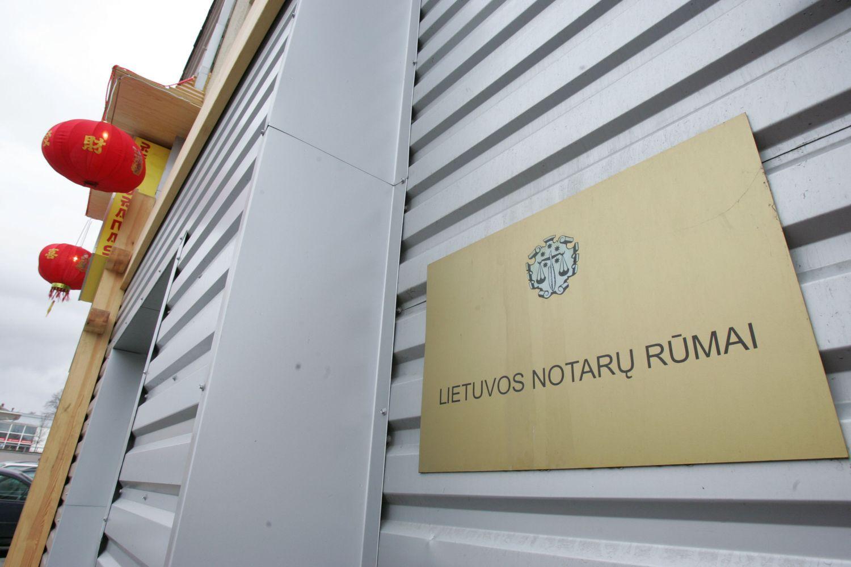 Teismas: Notarų rūmai ir notarai neturi mokėti tūkstantinių baudų