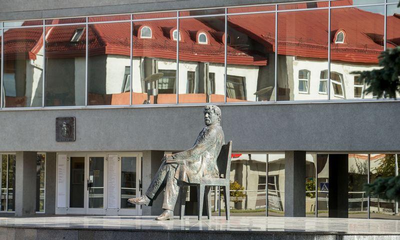 Juozo Miltinio paminklas Panevėžyje. Juditos Grigelytės (VŽ) nuotr.