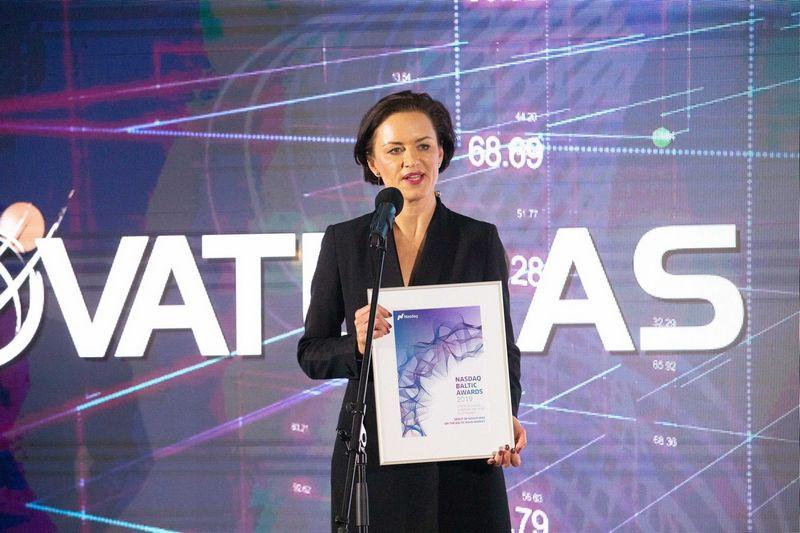 """Audronė Keinytė, """"Novaturo"""" generalinė direktorė, """"Nasdaq"""" Baltijos rinkos apdovanojimų renginyje, vykusiame 2019 m. sausio 31 d. Juditos Grigelytės (VŽ) nuotr."""