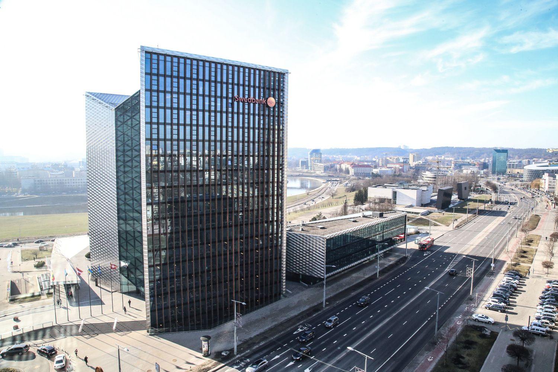 """""""Swedbank""""pinigų plovimo skandale: akcijoskrito 10%"""