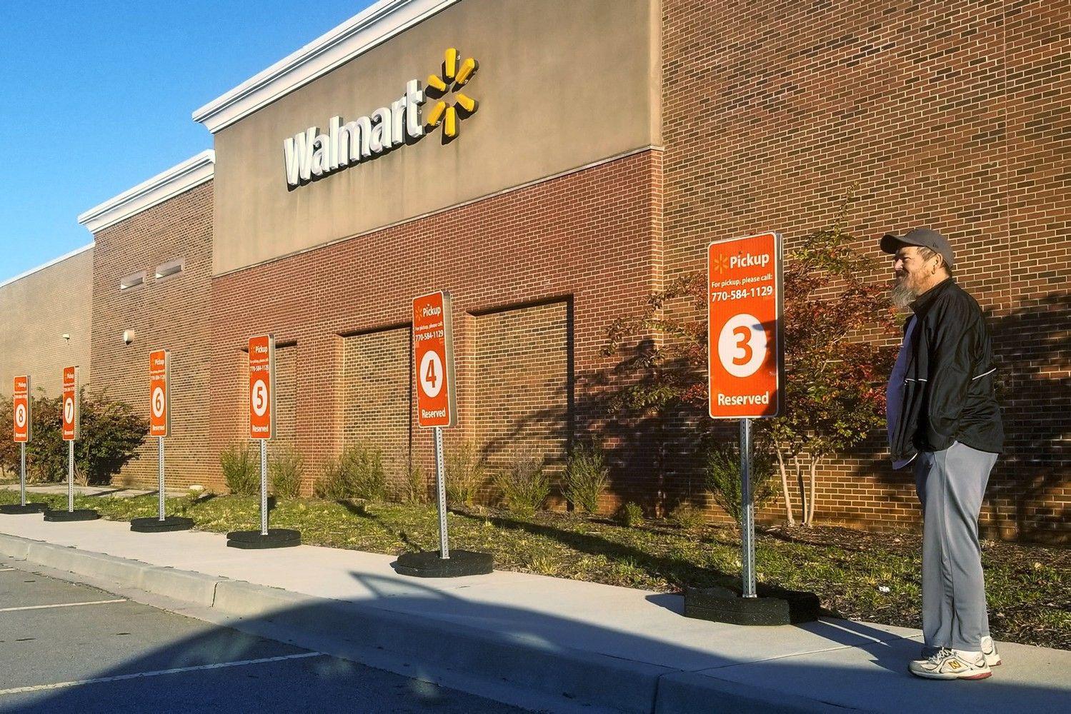 """Walmart"" po dviejų metų taps ""Amazon"" košmaru, sako ekspertai"