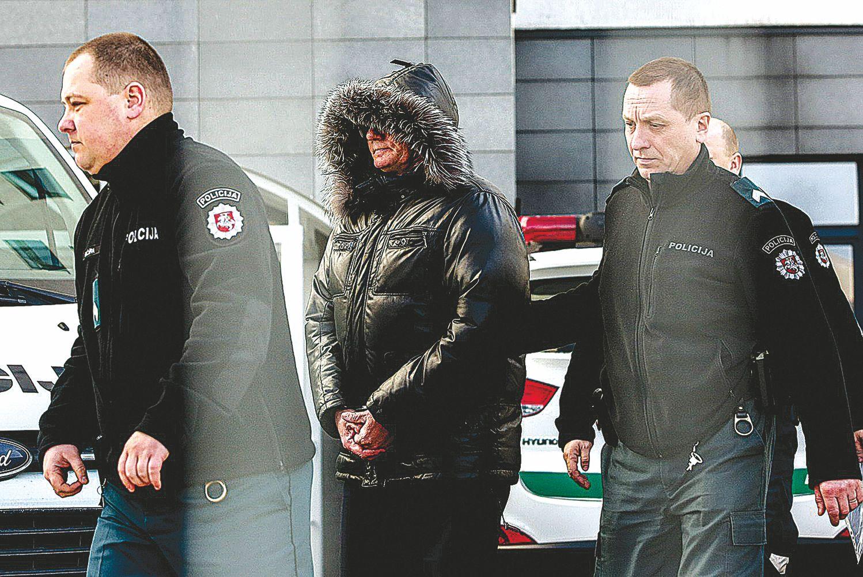 Teismų korupcijos byloje prašoma suimti 18 įtariamųjų, daugėja įtariamų verslininkų
