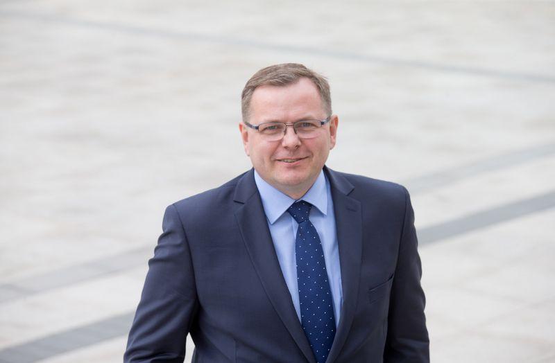 Vaidas Bacys stebisi, kad Lietuvoje progimnazijos didelės kaip fabrikai. Juditos Grigelytės (VŽ) nuotr.