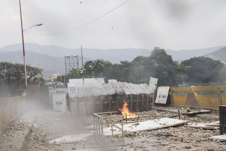 Susidūrimai Venesuelos pasienyje pareikalavo aukų