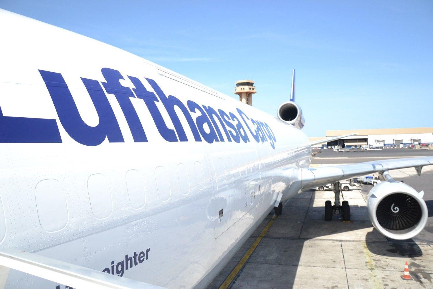 """""""Venipak"""" bendradarbiavimas su """"Lufthansa"""" – siuntos JAV pasiekia daug greičiau"""