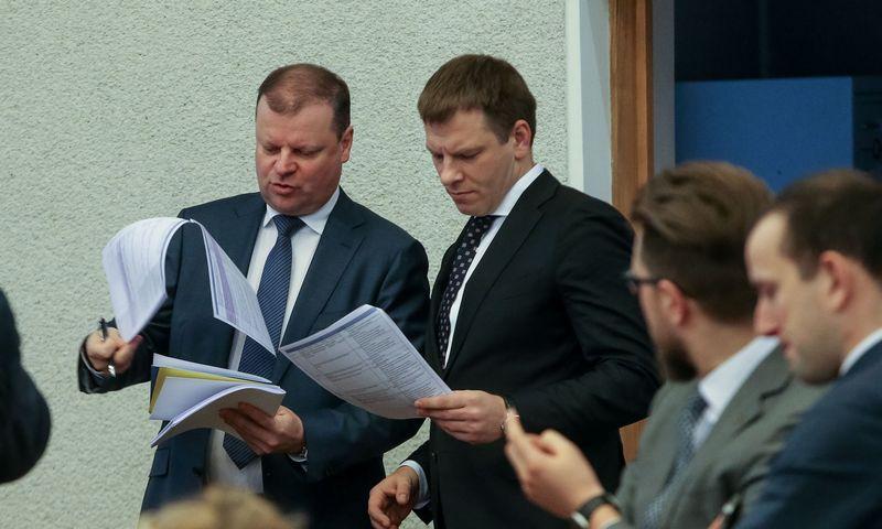 LR Vyriausybės posėdis. Saulius Skvernelis, Vilius Šapoka. Vladimiro Ivanovo (VŽ) nuotr.
