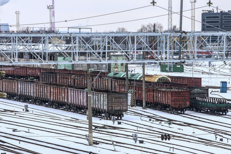 """""""LG Cargo"""" perima """"Lietuvos geležinkelių"""" krovinius"""