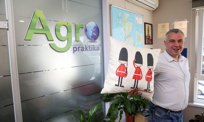 """Mantas Babelis, sostinės UAB """"Agropraktika"""" direktorius: """"Anksčiau Didžiosios Britanijos ūkiai buvo pagrindinė norinčių laikinai padirbėti kryptis, o dabar jau ieškoma alternatyvų kitose šalyse."""" Vladimiro Ivanovo (VŽ) nuotr."""