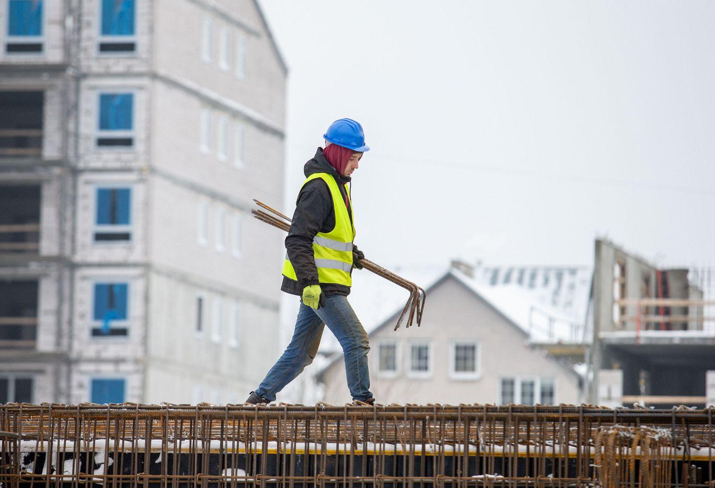 Statybininkų eilės prie valstybinių užsakymų – nebūtinai gera žinia