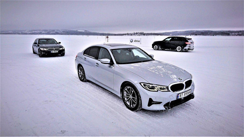 """BMW ledo šou – naujasis """"trečiukas"""" ir """"Rolls-Royce"""""""