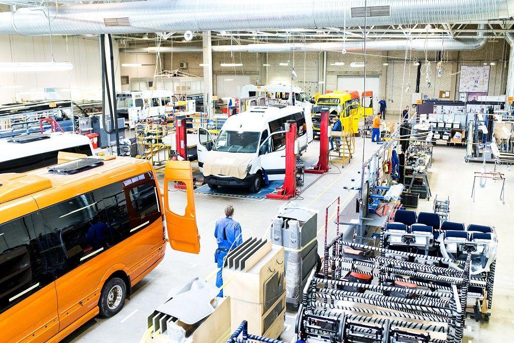 """Lietuviškų autobusų gamintoja """"Altas Auto"""" apyvartą pernai augino 28%"""
