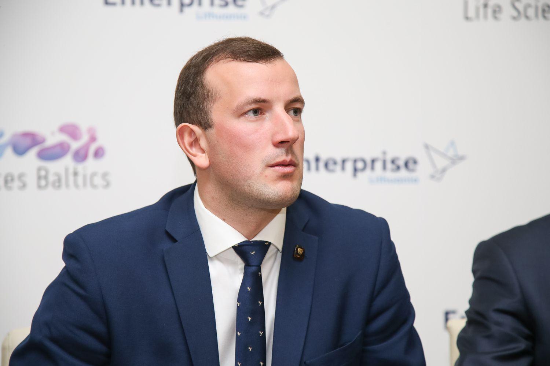 V. Sinkevičius: perėjimas prie išmanių kasos aparatų leis sutaupyti 70 mln. Eur per metus