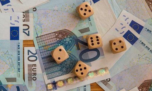 """Minimalių algų ES statistikoje – """"popierinis"""" Lietuvos šuolis"""
