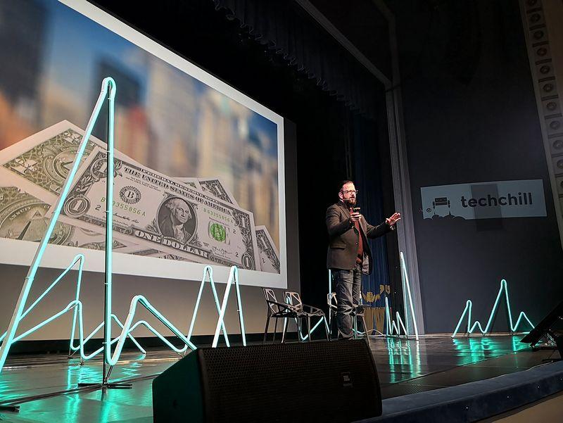 """Stewartas Rogersas yra verslininkas, kelių įmonių įkūrėjas, žurnalistas ir """"Venture Beat"""" technologijų sektoriaus analitikas: """"Paprasčiausias dalykas, kurį galite padaryti, – tai retkarčiais stabtelėti, trumpam atsitraukti nuo kompiuterio ar atsilošti kėdėje ir kelis kartus giliai įkvėpti."""", , Gint"""