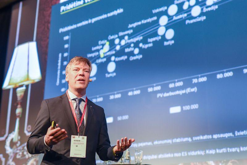 Linas Dičpetris, EY konsultacijų padalinio Baltijos šalyse vadovas: Ryčio Galadausko (VŽ) nuotr.