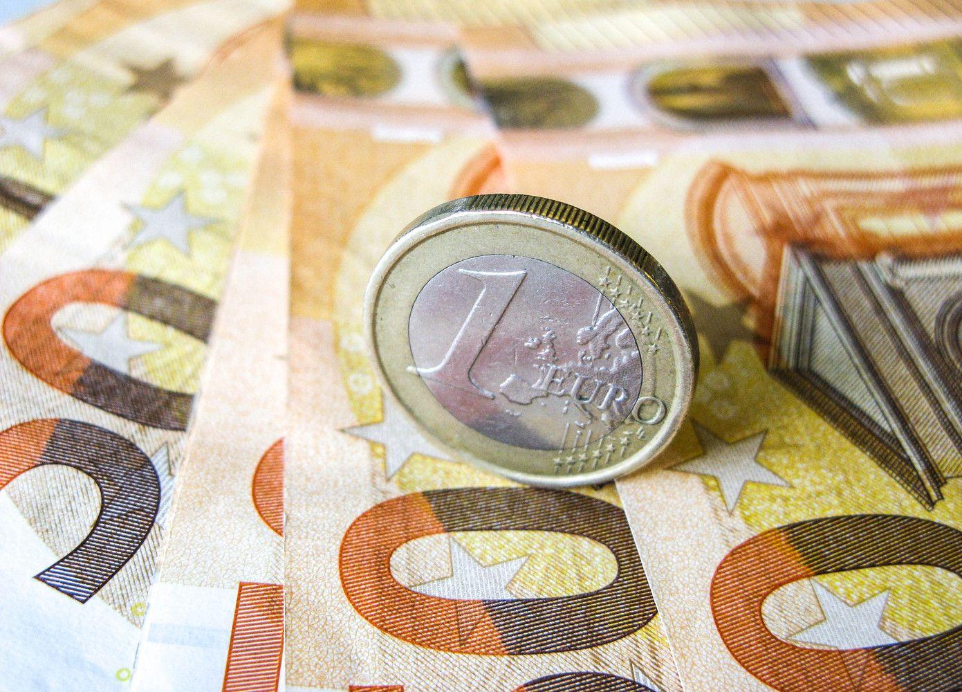 """Didžiausi atlyginimai tarp prekybos tinklų: """"Lidl Lietuva"""" ir """"Iki"""""""