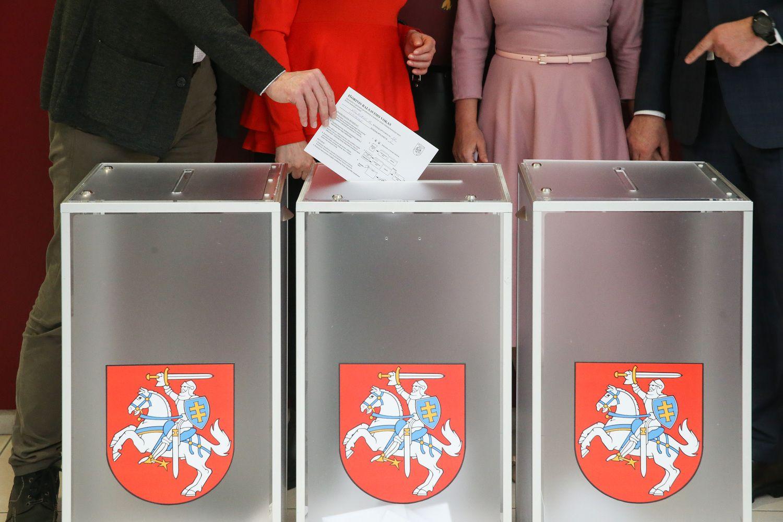 Iš anksto merų rinkimų antrajame ture balsavo 5,1% žmonių