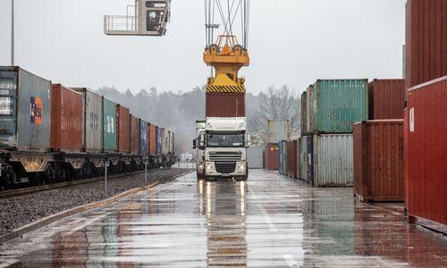 Eurostatas: sausį Lietuvos eksportas augo 8%, importas nepakito
