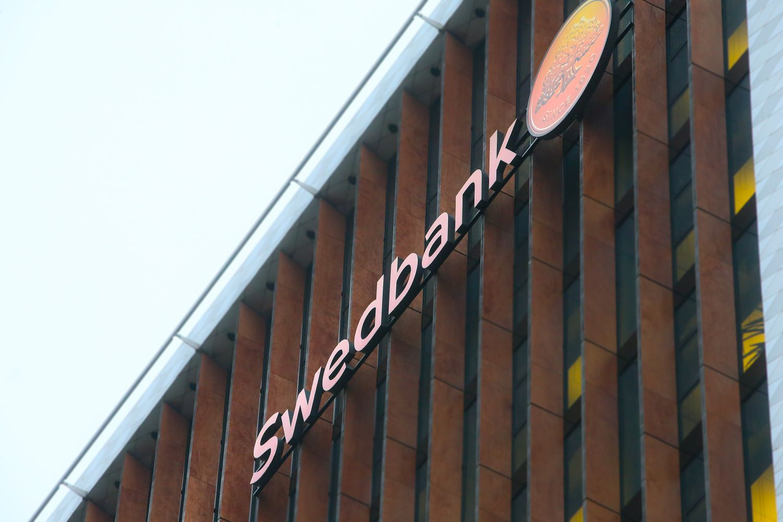 """Didžiausi """"Swedbank"""" akcininkai nori gilesnio tyrimo dėl pinigų plovimo"""