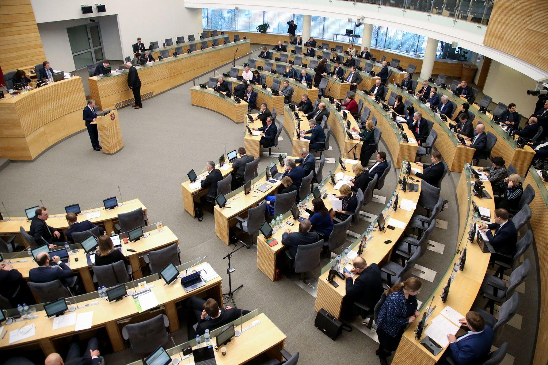 Seime nepritarta W, Q ir X įteisinimui lietuviškų bendrovių pavadinimuose