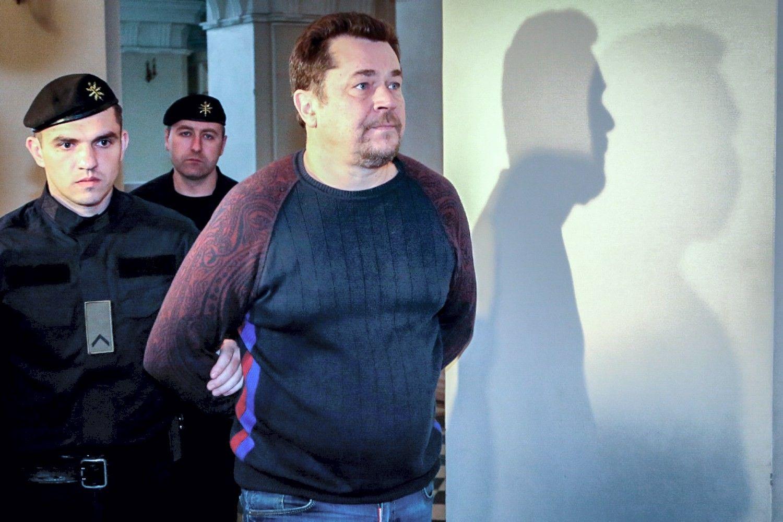 """Iš """"Google"""" ir""""Facebook"""" 100 mln. USD išviliojęs lietuvis pripažino kaltę JAV teisme"""