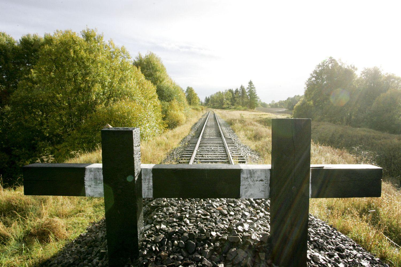 """""""Lietuvos geležinkeliai"""" pasirašė Rengės ruožo atstatymo sutartį"""