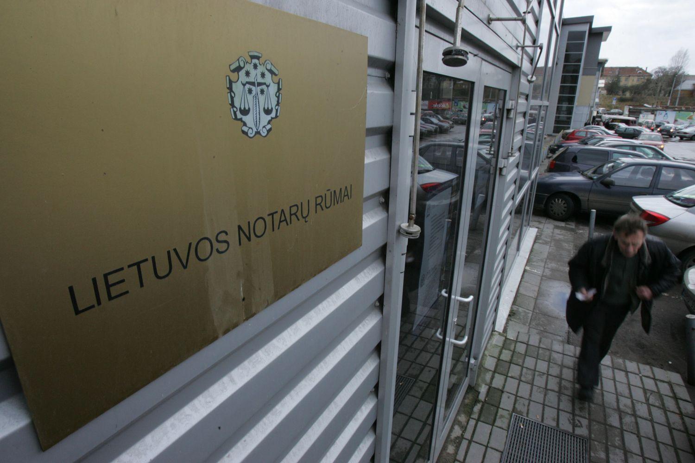 Teisingumo ministerija siūlo atsisakyti notarų išregistruojant įkeistą turtą