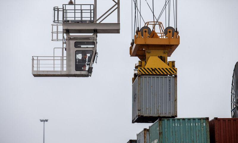 Vilniaus įvairiarūšių konteinerių krovos terminalas. Juditos Grigelytės (VŽ) nuotr.