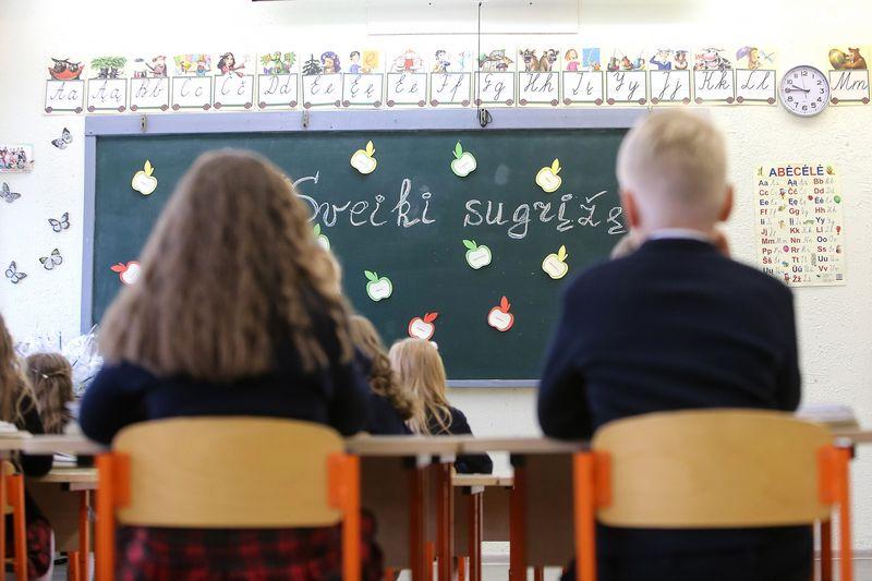 Nors privataus ugdymo kainos auga jau ne pirmus metus, tai nesumažino privačias mokyklas besirenkančių vaikų skaičiaus – priešingai, jis kasmet po truputį auga. Vladimiro Ivanovo (VŽ) nuotr.