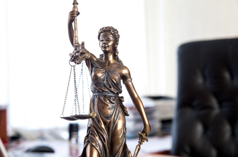 Po kyšininkavimo skandalo nepasitikinčiųjų teismais išaugo dvigubai