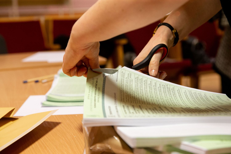 Rinkimų rezultatai patvirtinti, dėl kai kurių dar bus teismų