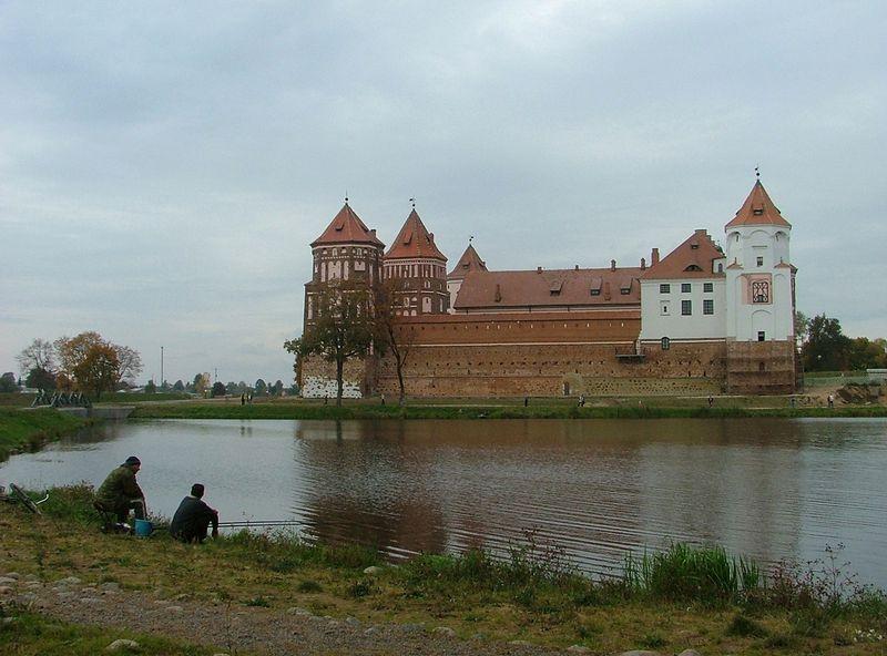Baltarusija. Miras, Myrius. Miro pilis (XV–XVI a.) – viena iš didžiausių ir geriausiai išlikusių pilių Baltarusijoje. 2000 m. ji įtraukta į UNESCO saugomų kultūros paveldo objektų sąrašą. Daivos Sutkutės nuotr.
