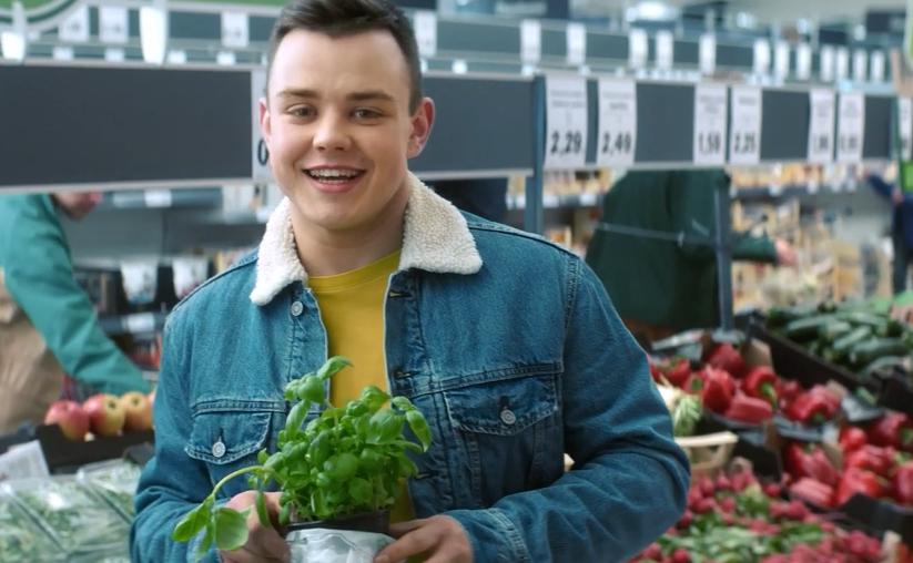 """Naujos """"Lidl"""" reklamos veidai – parduotuvių darbuotojai"""