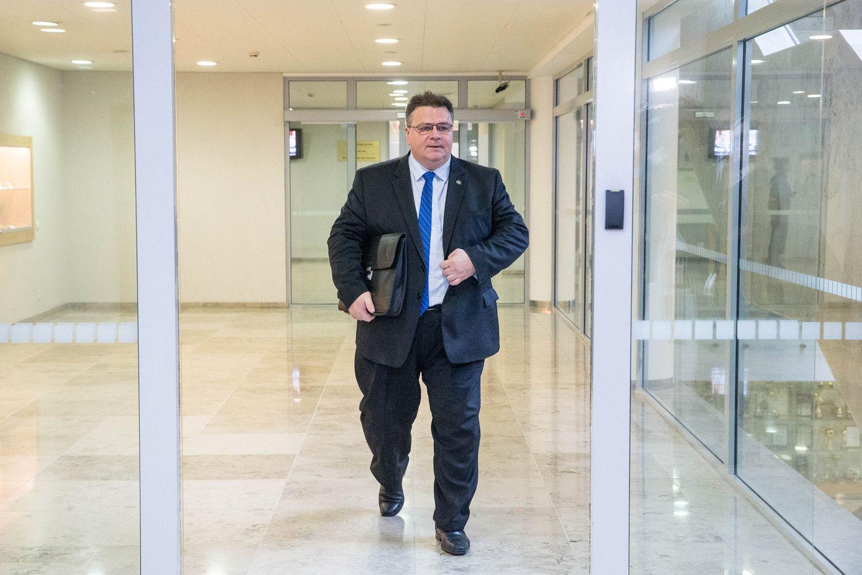 "Lietuva skubiai rengiasi galimam ""kietajam ""Brexit"""
