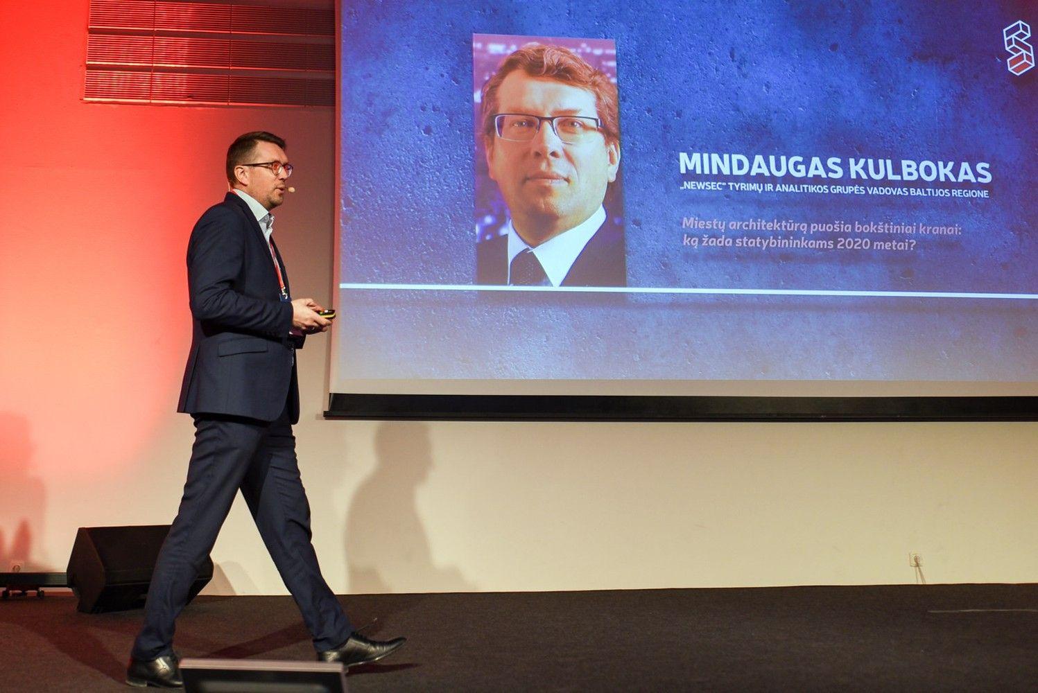 M. Kulbokas: kaistančią Vilniaus NT rinką aušina besisukiojantys bokštiniai kranai