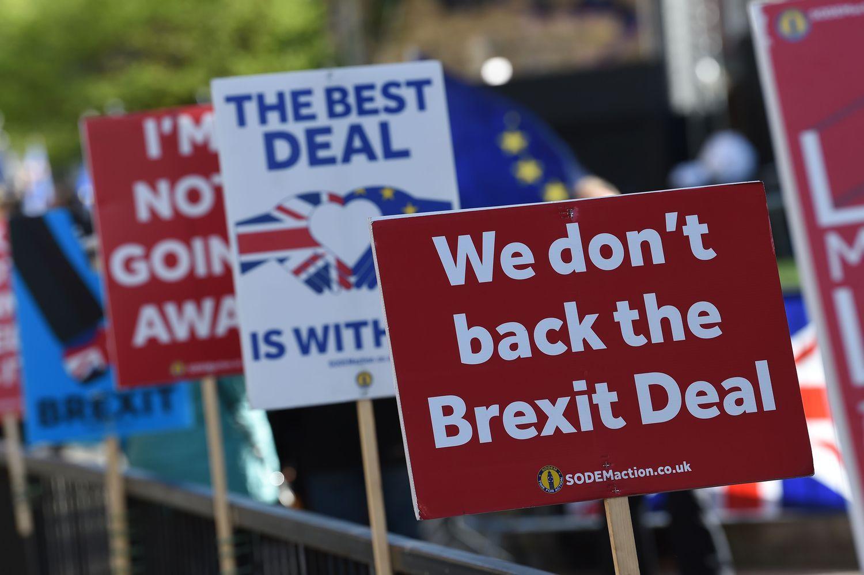 Th. May gavo dar vien� antaus� � parlamentas ie�kos kito �Brexit� kelio
