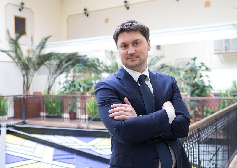 """Gvidas Dargužas, VIPA generalinis direktorius: """"Bendradarbiaudami su tarptautinėmis finansų įstaigomis siekiame sutelkti kiek įmanoma daugiau skirtingų finansinių išteklių, kad būtų užtikrinamas kuo racionalesnis valstybės lėšų panaudojimas."""""""